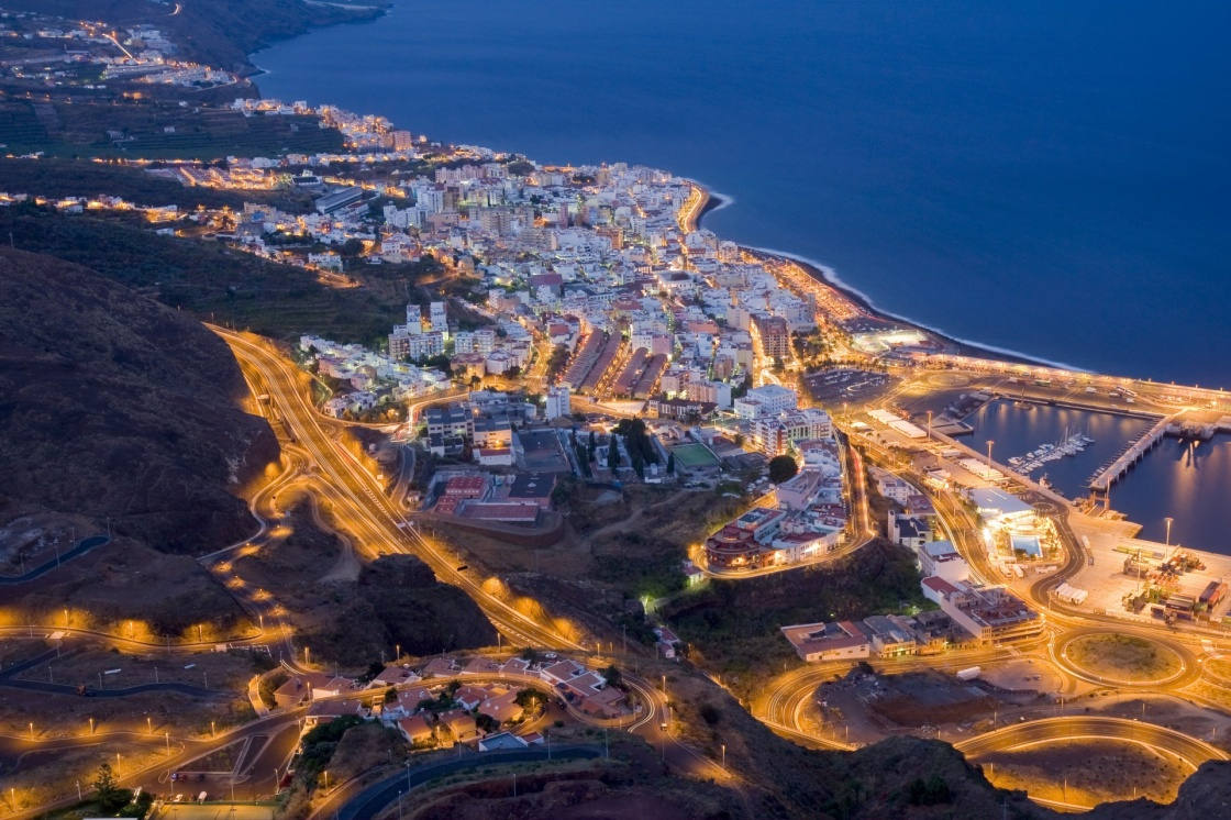 'Aerial night view of Santa Cruz, La Palma' - Kanaren
